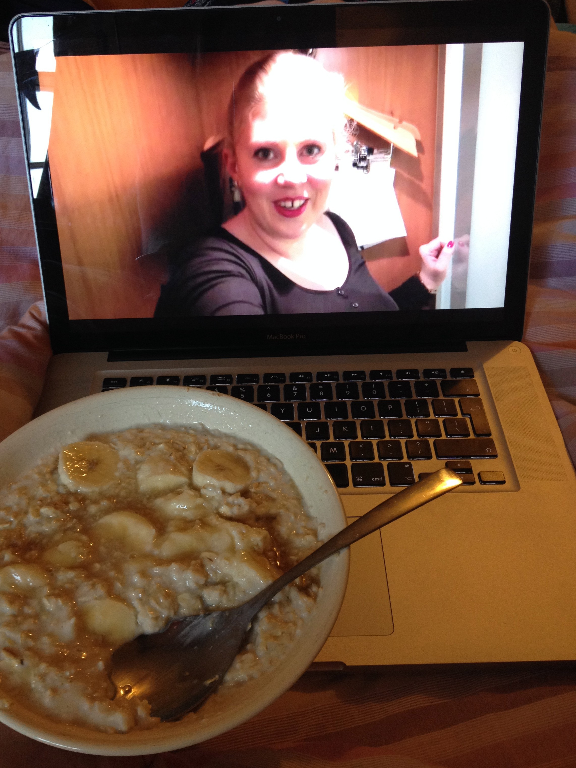 Eating honey and banana porridge while watching Youtube videos