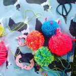 Making pompoms at blognic with papermashuk and heartzeena